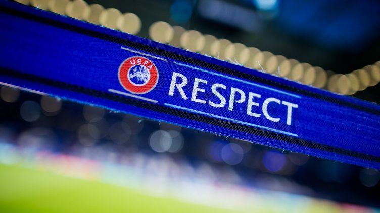 """Selon le """"New York Times"""", l'UEFA souhaiterait mettre en place un fonds de secours pour venir en aide aux clubs européens, durement touchés par la crise sanitaire. (ROLF VENNENBERND / DPA via AFP)"""