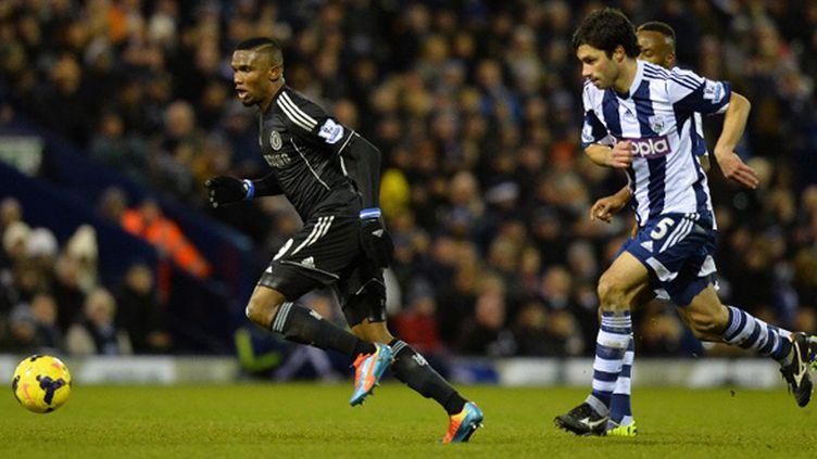 Samuel Eto'o (Chelsea) s'échappe (PAUL ELLIS / AFP)