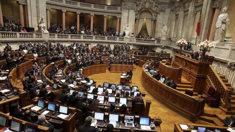 Session au Parlement portugais à Lisbonne (Portugal), le 30 novembre 2011. (SARA MATOS / AFP)