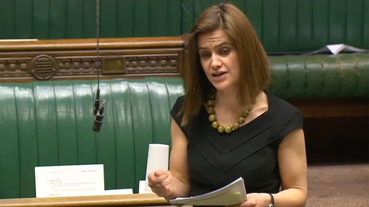 Capture d'écran de Jo Cox lorsd'une séance au Parlement britannique, le 21 mars2016. (PRU / AFP)
