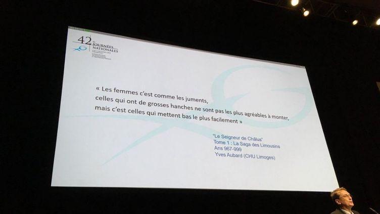 Capture d'écran d'un tweet montrant une diapositive présentée lors du congrès national des gynécologues obstétriciens, le 7 décembre 2018. (TWITTER)