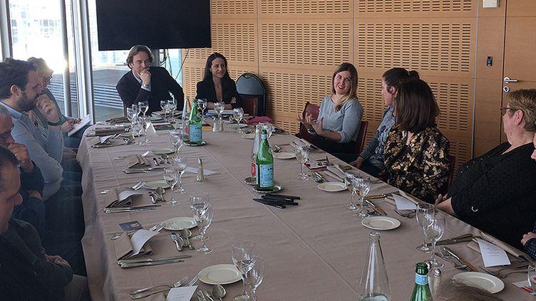 Le jury du Prix Roman France Téléviosns, avec François Busnel, président du jury de sélection, 22 mars 2017  (Yasmina Jullien, France Télévisions)