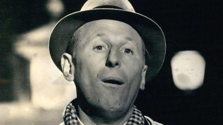 Bourvil, le comique paysan orginaire du Pays de Caux en 1956  (ZUMAPRESS)