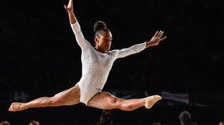 La gymnaste Mélanie de Jesus dos Santos, le 4 octobre 2017 à Montréal (Canada). (MINAS PANAGIOTAKIS / GETTY IMAGES NORTH AMERICA / AFP)