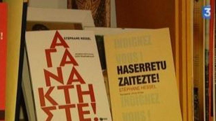 """""""Indignez vous"""" de Stephane Hessel : un succès mondial  (Culturebox)"""