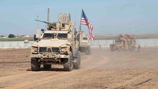 Des soldats américains et turcs à la frontière turco-syrienne, le 8 septembre 2019. (REUTERS)