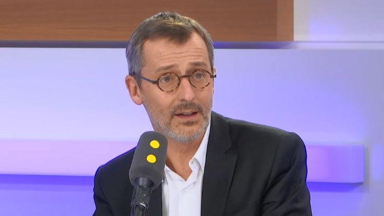 Didier Casas, vice-président de la Fédération française des Télécoms, directeur-général adjoint de Bouygues Telecom, invité de franceinfo lundi 3 février. (RADIO FRANCE)