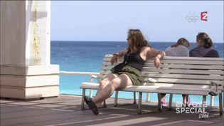 """Audrey """"à poils"""" sur la promenade des Anglais (FRANCE 2 / FRANCETV INFO)"""