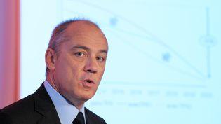 Le PDG d'Orange, Stéphane Richard, le 20 février 2013 à Paris. (ERIC PIERMONT / AFP)