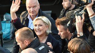 Marine Le Pen, le 4 mai 2017, à Ennemain (Somme). (PHILIPPE HUGUEN / AFP)