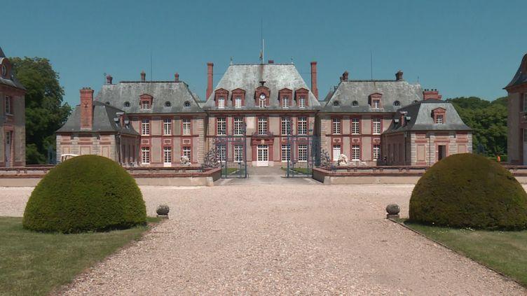 Le château de Breteuil, dans les Yvelines, a rouvert ses portes le 15 mai 2020 (FRANCE 3)
