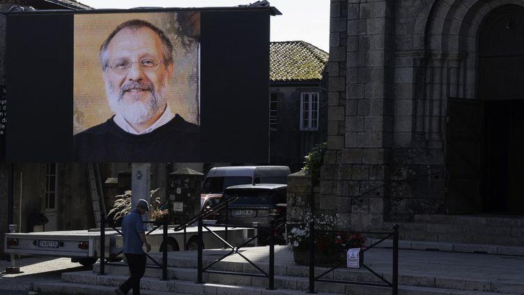 Unportrait d'Olivier Maire à Saint-Laurent-sur-Sèvre (Vendée), le 13 août 2021. (ESTELLE RUIZ / HANS LUCAS / AFP)
