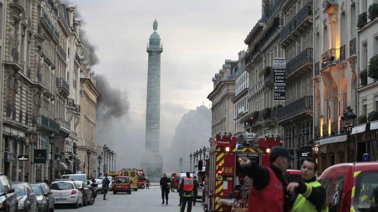 Près de la place Vendôme, hier. (JOEL SAGET / AFP)
