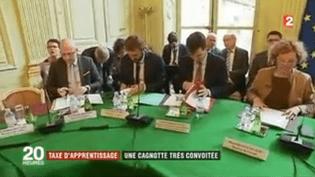 Taxe d'apprentissage : une cagnotte très convoitée (France 2)