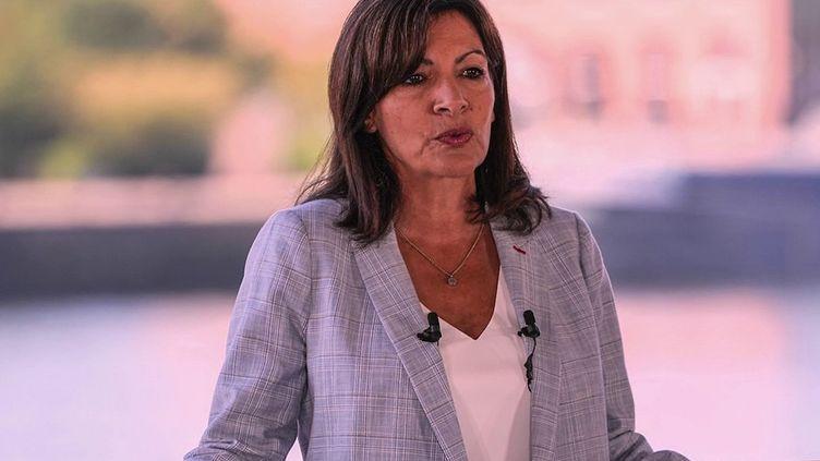 Anne Hidalgo devrait être investie dans la soirée du jeudi 14 octobre par le Parti socialiste. (CAPTURE ECRAN FRANCE 2)