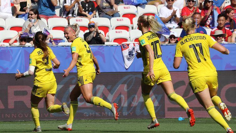 L'équipde Suède termine troisième du Mondial, le 6 juillet 2019. (VALERY HACHE / AFP)