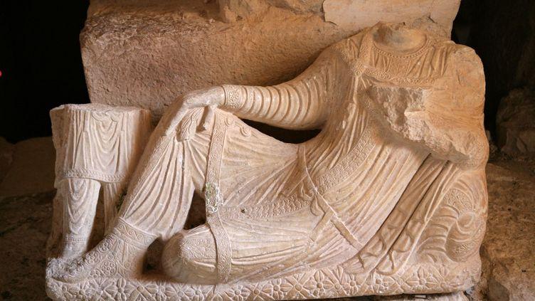 Haut-relief funéraire du IIIe siècle de la Vallée des tombes, à Palmyre, en Syrie (septembre 2020) (MANUEL COHEN / MANUEL COHEN)