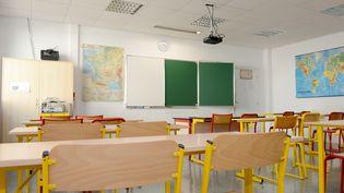 Une classe d'une école d'Epinay-sur-Seine (Ile-de-France), quelques jours avant la rentrée scolaire,le 31 août 2018. (HUGO MATHY / AFP)