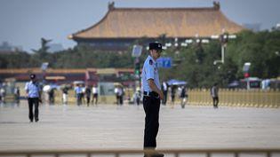 La place Tiananmen sous surveillance le lundi 3 juin 2019, à la veille des 30 ans du printemps chinois, le 4 juin 1989. (NICOLAS ASFOURI / AFP)