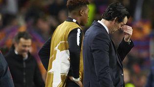 L'entraîneur parisien,Unai Emery, après l'élimination de son histoire face à Barcelone, mercredi 8 mai 2017. (ALEJANDRO GARCIA / EFE)