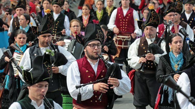 Des représentatns de la Galice au Festival Interceltique de Lorient (FRANCOIS DESTOC / MAXPPP)
