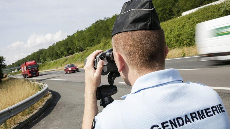 Lors d'un contrôle routier de gendarmerie, le 27 juin 2014, près de Mâcon (Saône-et-Loire). (  MAXPPP)