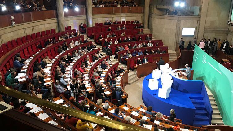 LaConvention citoyenne pour le climat réunie le 15 novembre 2019 au CESE (Conseil économique, social et environnemental) à Paris. (SIXTINE LYS / RADIOFRANCE)