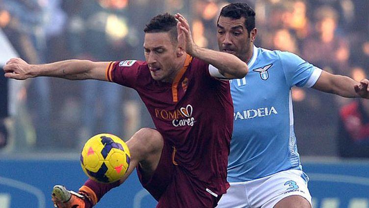 Le duel romain entre Totti et Dias
