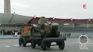 Un char Renault de 1917 qui défile le 14 juillet 2017 (France 2)