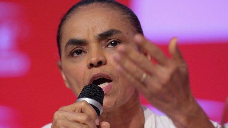 Marina Silva, le 1er avril 2014, lors d'un déjeuner-débat avec des entrepreneurs auquel participait le candidat socialiste à la présidentielle, Edouardo Campos, décédé accidentellement le 13 août 2014. (VANESSA CARVALHO / BRAZIL PHOTO PRESS)
