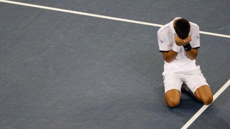 Novak Djokovic peut savourer, il vient de remporter son premier US Open et réalise le petit Chelem