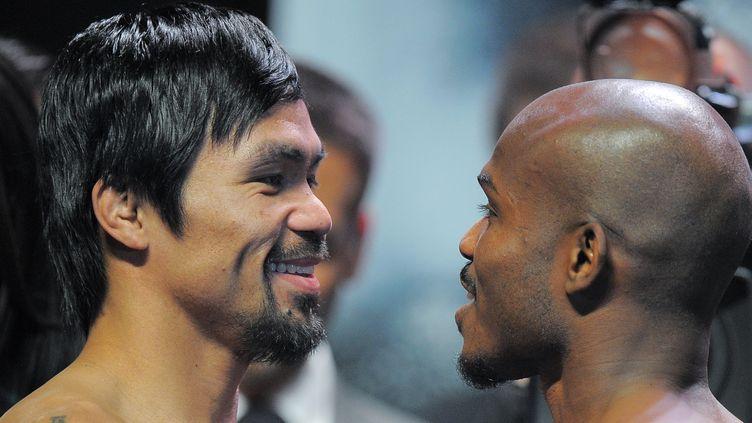 Manny Pacquiao attend toujours une réponse de Floyd Mayweather (JOE KLAMAR / AFP)
