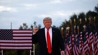 L'ancien président américain Donald Trump, le 3 juillet 2021 lors d'un meeting à Sarasota (Floride, Etats-Unis). (EVA MARIE UZCATEGUI / GETTY IMAGES NORTH AMERICA / AFP)