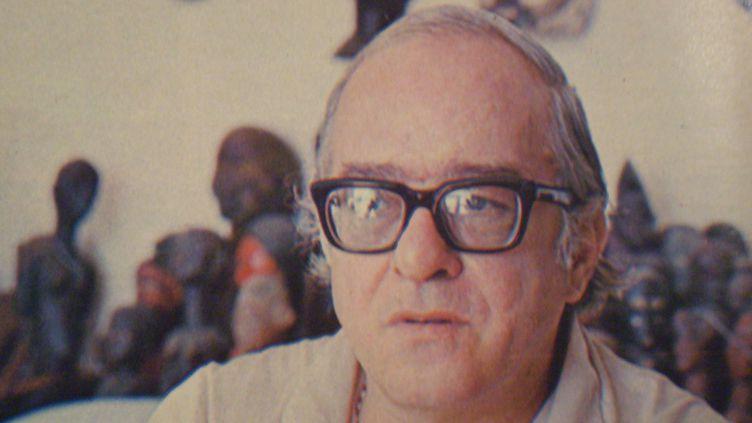 """Portrait de Vinícius de Moraes paru dans la revue """"Gente y la actualidad"""" (1970). Buenos Aires, Argentine  (Ricardo Alfieri)"""