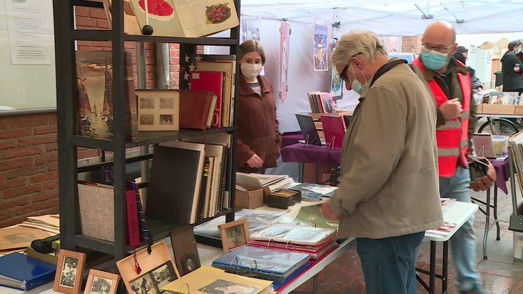 Un nouveau marché aux bouquinistes, chaque samedi, rue du Taur à Toulouse (A.Khalaf / France Télévisions)