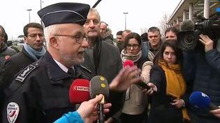 La colère des gardiens de Condé-sur-Sarthe (Orne) ne retombe pas ce mercredi 6 mars après l'agression d'un collègue au couteau par deux détenus.  (FRANCE 3)