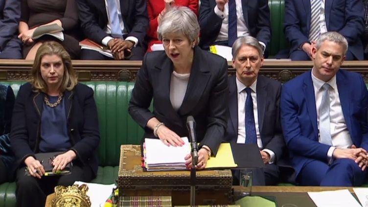 La Première ministre britannique Theresa May face aux députés britanniques, à Londres (Royaume-Uni), le 20 mars 2019. (PRU / AFP)