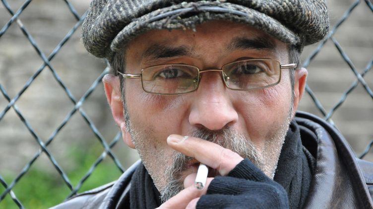 """Pour Hafed, """"multirécidiviste du hold-up"""", la prison ne résout pas les problèmes des détenus. (YANN THOMPSON / FRANCETV INFO)"""