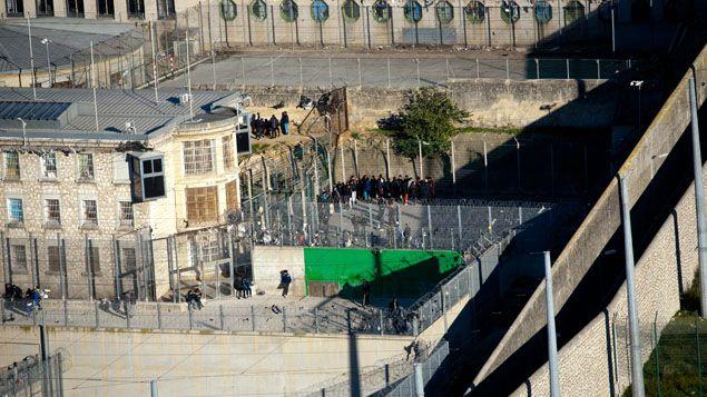 (La prison des Baumettes, ici en 2012, est en cours de rénovation © Maxppp)