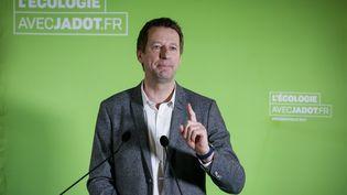 Benoît Hamon, vainqueur de la primaire de la gauche, va rencontrer mardi 31 janvier, Yannick Jadot, candidat écologiste à la présidentielle (THOMAS PADILLA / MAXPPP)