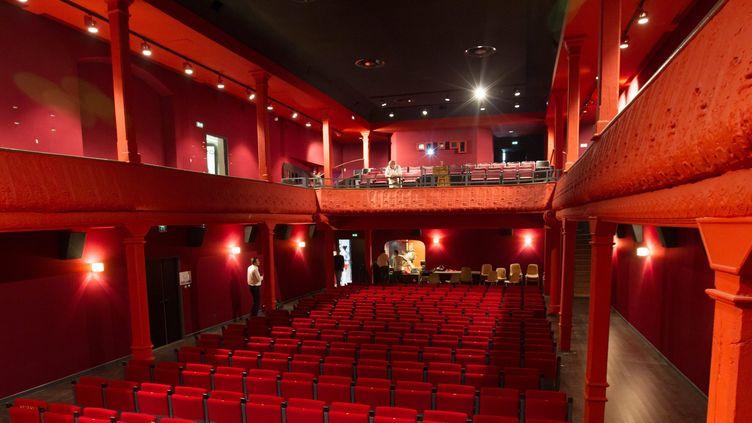 Photo prise lors de la réouverture du cinéma en 2013  (Pierre ROBERT / Maxppp/MAXPPP)