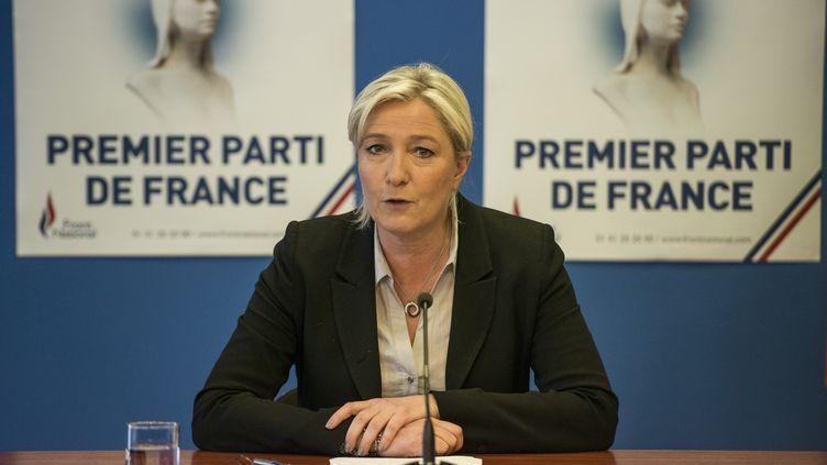 La présidente du FN,Marine Le Pen, en conférence de presse au siège du parti, à Nanterre (Hauts-de-Seine), le28 mai 2014. (FRED DUFOUR / AFP)