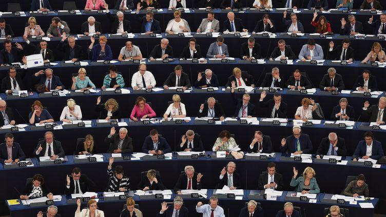Des membres du Parlement européen à Strasbourg, le 13 juin 2018. (FREDERICK FLORIN / AFP)