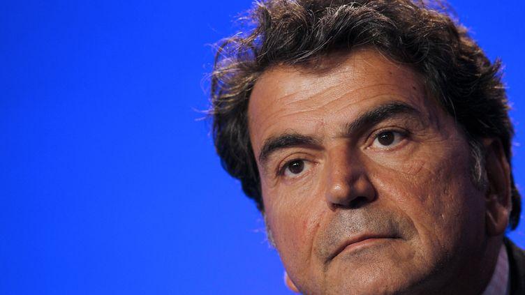 Pierre Lellouche, secrétaire d'Etat au Commerce extérieur, à Paris, le 18 octobre 2011. (ALEXANDER KLEIN / AFP)