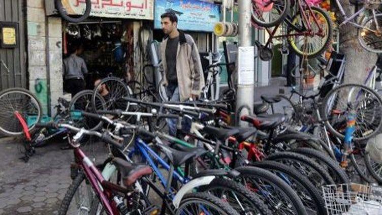 Une boutique de vélos dans le centre de Damas, le 28 novembre 2013. (AFP/Louai Beshara)