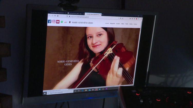 La jeune violoniste originaire de Montluçon a été repérée par un Label américain (France 3)