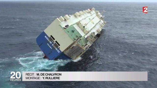 Un énorme cargo est à la dérive au large de La Rochelle
