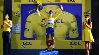 Julian Alaphilippe remporte la deuxième étape du Tour de France, à Nice (Alpes-Maritimes), dimanche 30 août 2020. (AFP)