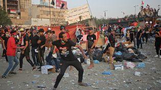 Des manifestants à Badgad, en Irak, le 3 novembre 2019. (AHMAD AL-RUBAYE / AFP)