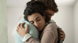 """Camélia Jordana et Niels Schneider dans """"Les Choses qu'on dit, les choses qu'on fait"""", d'Emmanuel Mouret. (Pascal Chantier / Moby Dick Films)"""